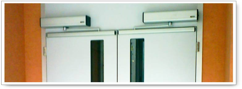 Puertas automaticas mantenimiento de puertas automaticas for Puertas batientes interior